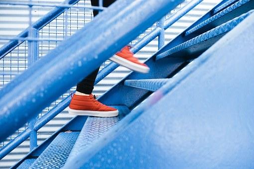 steps-1081909__340